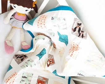 Modern baby size quilt, baby blanket, Hello Bear, handmade, bedding, nursery quilt.