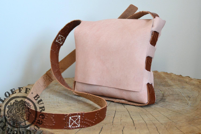 Zacht Leren Schoudertas : Gevlochten leren tas zacht roze zonder door