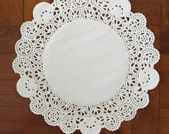 8 Inch Paper Doilies