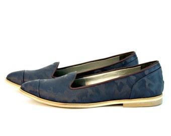 Womens Vegan Shoes - Womens Moccasin - Womens Flat Shoes - Blue Vegan Shoes - Pointy Flats - Blue Shoes - Blue Moccasin - Hand Made Moccasin