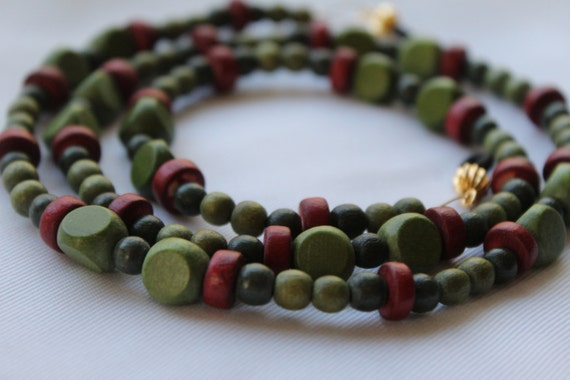 Eyeglass Necklace, Wood Bead Boho Glasses Accessory, Lightweight Chain for Glasses, Green Eyeglass Chain