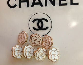 Auth Chanel 7 small buttons 12mm