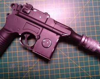 Star Wars DL-44 Heavy Blaster/ Han Solo Blaster.