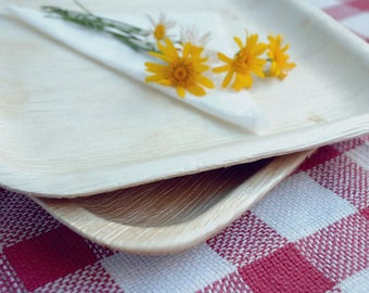 """Large 10"""" / 25cm SQUARE PALM LEAF Dinner Plates - Biodegradable / Eco Friendly / Recyclable - For Picnic + Parties + Catering+ Events"""