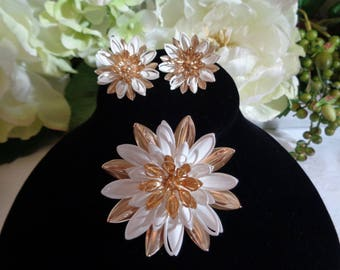 Water Lily Design by Sara Coventry Gold and White Enamel Large Brooch Matching Clip on Earrings 1966