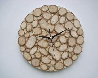Clock with wooden slices, EXCELLENT  when delivered to you you will hear the smell of wood just sawn