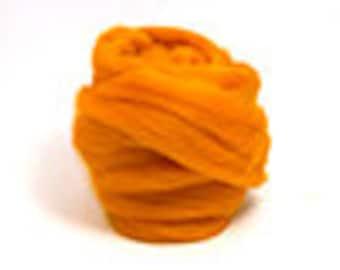 Corriedale Wool Roving (Sliver) in Clementine Orange - 2 oz