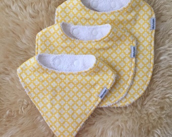 Bibs: Yellow with white flowers