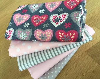 SWEET HEARTS Fat Quarter Bundle {F} in pink and grey 100% cotton fabric