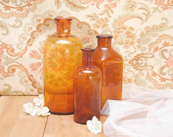 Old french pharmacy bottles / Set of 3 vintage pots in amber glass