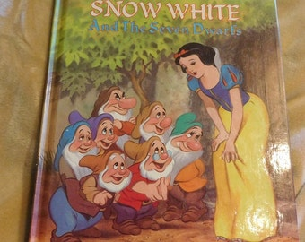 Walt Disney's Snow White and the Seven Dwarts