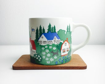 Very rare and highly collectable big vintage Arabia Finland ceramic mug by Gunvor Olin-Grönqvist, 1960s-1970s,  Made in Finland