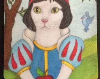 Magnet, Snow White Cat, 2 inches x 2 inches, rounded corners, fridge, list  Perfect Small Gift,