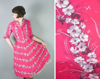 50s hot PINK cotton dress with white and grey FLORAL print - Holly Court mid century SHIRTWAISTER day dress uk12-14 / M