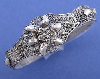 Silver 1950's Filigree Bracelet With Marcasite And Pearls (761h)