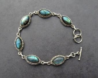 Labradorite Bracelet, Gemstone Bracelet, Labradorite Jewelry, Wiccan Jewelry, Chunky Bracelet, Gift for Her