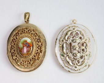 Vintage Picture Locket/ 2 set of Locket/Picture Locket/Gold Tone Picture Locket/Vintage Gold Locket