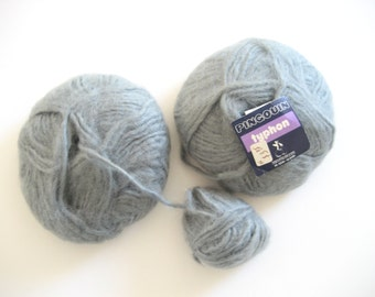 Pingouin Typhon, silver gray, chunky weight, acrylic blend, destash, discontinued, soft and fuzzy, silver yarn, mohair blend, French, fluffy