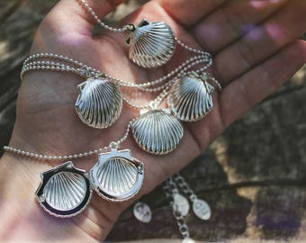 The Secret Shell - Silver Opening Locket Keepsake Choker
