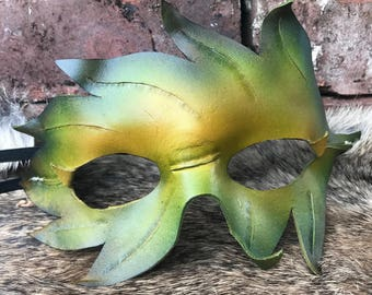 Ren Faire Green Leather Leaf Mask