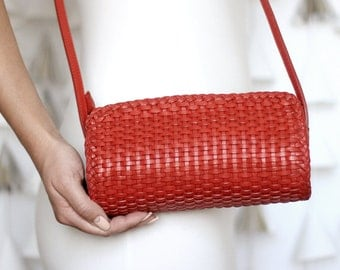 Free shipping! Red bag, red leather bag, red purse, braided bag, leather braided purse, red everyday bag, red woman bag, crossbody bag