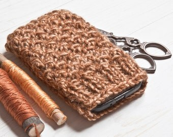 Brown iPhone X Case, Knitted Phone Sleeve, iPhone 6 Sleeve, Mobile Phone Sock, Knitted Mom Gift, Brown Crochet Phone Pouch, Knitted Gifts