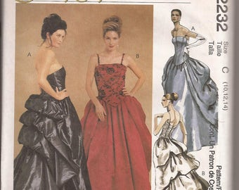 McCalls 2232  Misses Lined Gown, Size C (10-12-14)  Circa 1999