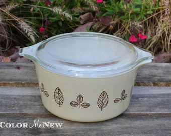 Vintage Pyrex - Buffet Twins  -Cream and Copper - Casserole Dish with Lid- 1 Quart
