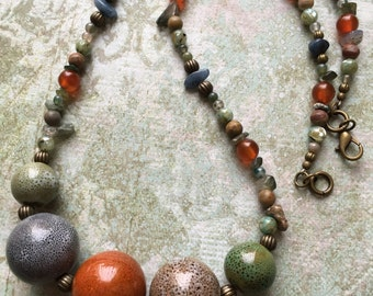 Item 215    Beaded Necklace