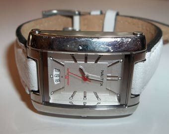 Nautica   Silver  White Leather watch   N07529L