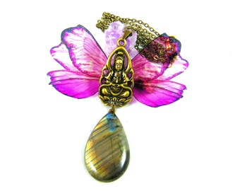 Shiva handmade pendant with these wings on its protective labradorite