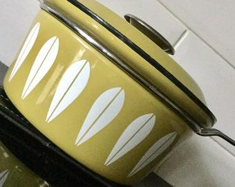 Vintage Cathrineholm Lotus Avocado Enamel Saucepan / Pan Cathrine Holm