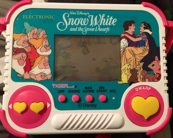 SNOW WHITE DISNEY Handheld Game Complete w/Pink Carrying Strap, 1990 Vintage Video Game by Tiger Electronics, Vintage Disney