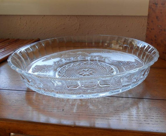 EAPG Large Sandwich Pattern Bowl With Low Sides For Fruit Display Or Salads