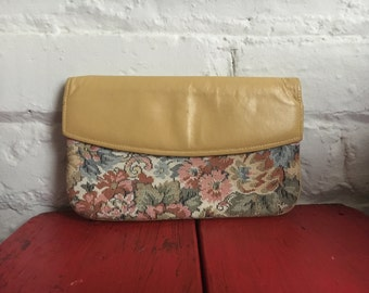 Vintage Retro Tapestery Yellow Wallet Pouch