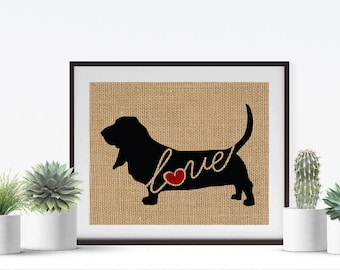 Basset Hound Love - A Burlap Wall Art Print Decor Gift for Dog Lovers - Personalize w/ Name - More Breeds - Rustic Silhouette (101s)
