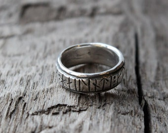 New futhark runic ring