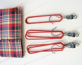 Vintage travel folding coat hangers in tartan case. Holiday essentials!