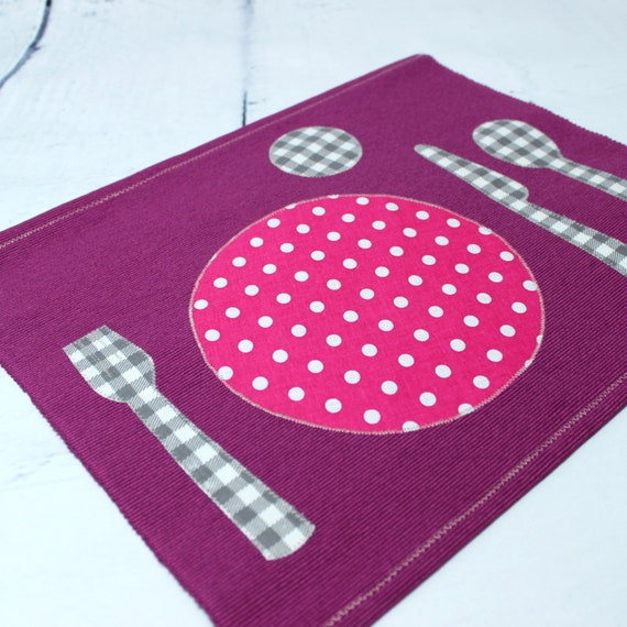 montessori set de table mauve rose eveil b b 18 mois. Black Bedroom Furniture Sets. Home Design Ideas