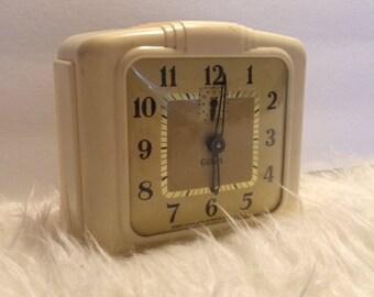 Vintage Gilbert Bakelite Alarm Clock 1950's