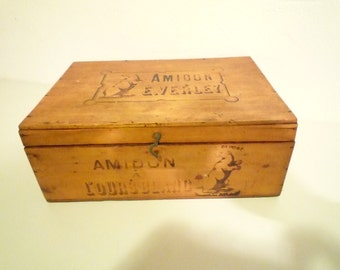 French Antique Wooden Box - Amidon of white Bear / Starch Box  of polar Bear French Country 1900 / 1920  sewing box