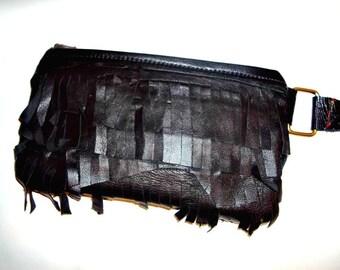 Maria Wristlet in black leather