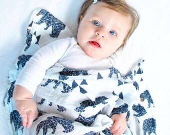 Bear muslin swaddle blanket, Cotton muslin baby blanket, Baby swaddle blanket, cotton baby blanket, stroller blanket