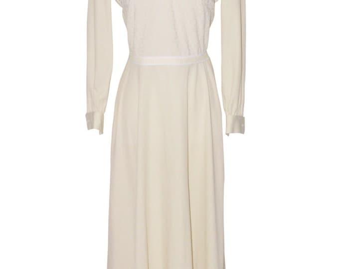 Vintage Estate Connections Off White Maxi Hostess Dress
