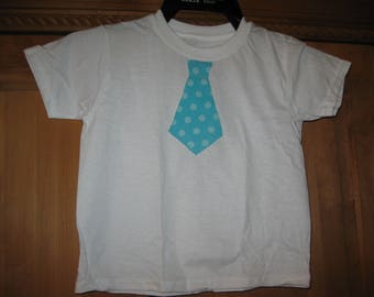 cotton boys shirt/size 4T/fabric tie applique