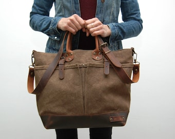 waxed canvas bag with leather handles and closures,snuff brown color