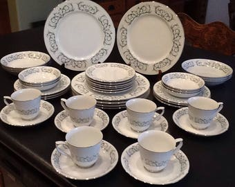 Vintage Fukagawa Arita Dish Set <> 48 Pc. Set RARE Pattern #4501 <> Green & White Scroll Design <> 1950's <> EXCELLENT CONDITION