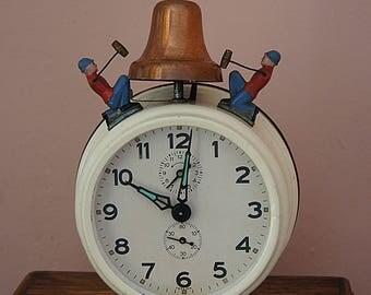 Large vintage metal mechanical alarm clock, vintage alarm clock, table clock.