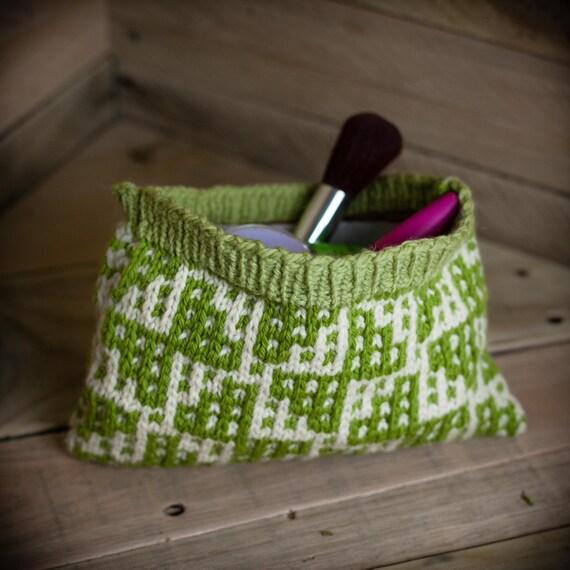 Loom Knit Change Purse, Wallet, Make Up Bag, Wristlet, Credit Card Holder Loo...