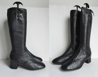 Black 60s Vintage Leather/PVC GoGo Boots // Lace Up // Size  38,5